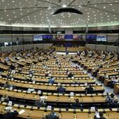 EL PARLAMENTO EUROPEO ELEVA EL OBJETIVO DE REDUCCIÓN DE EMISIONES DE CO2 AL 60%⠀ https://buff.ly/3116pl5
